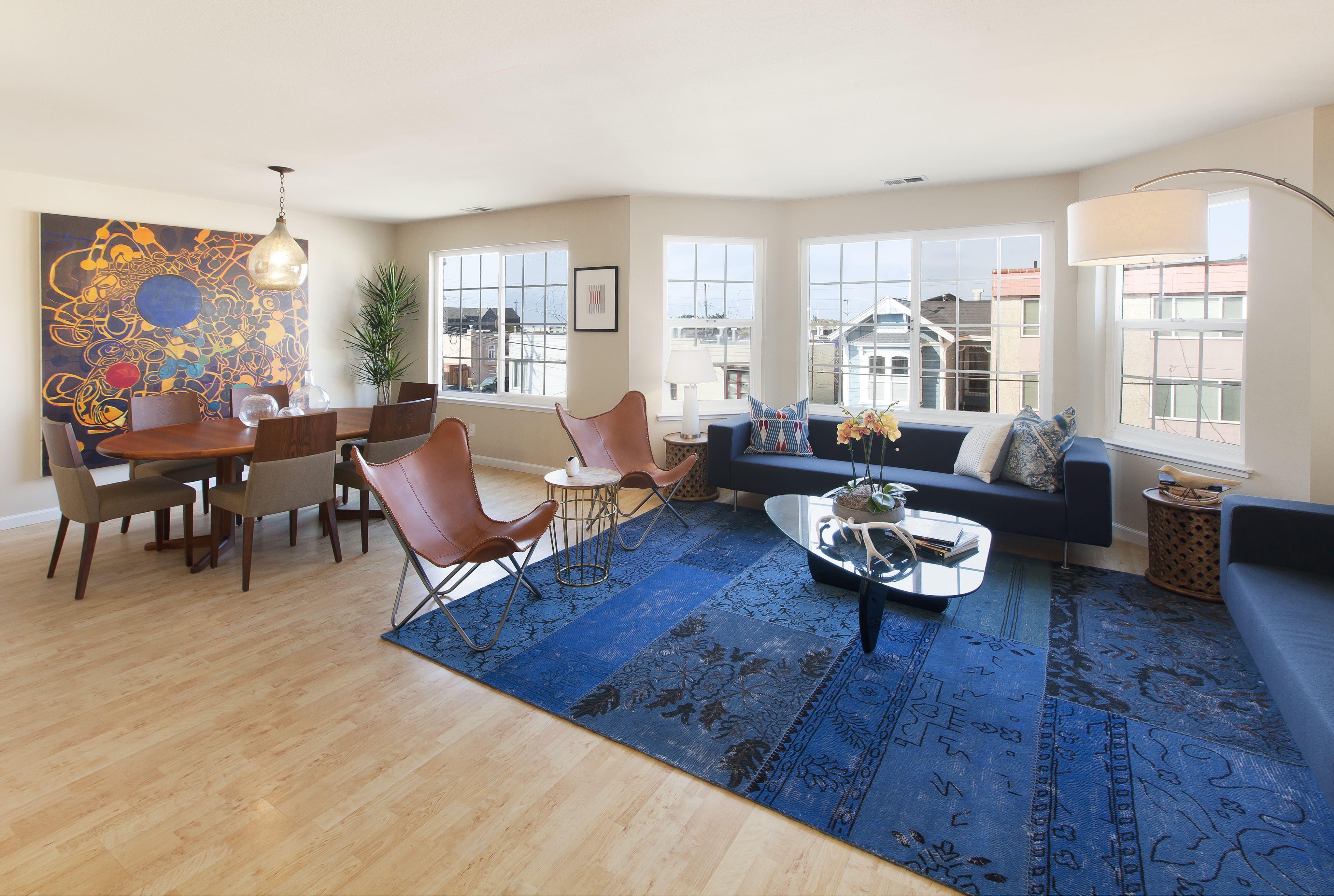 For Sale: 1582 48th Ave, Top Floor Condo By Ocean Beach!