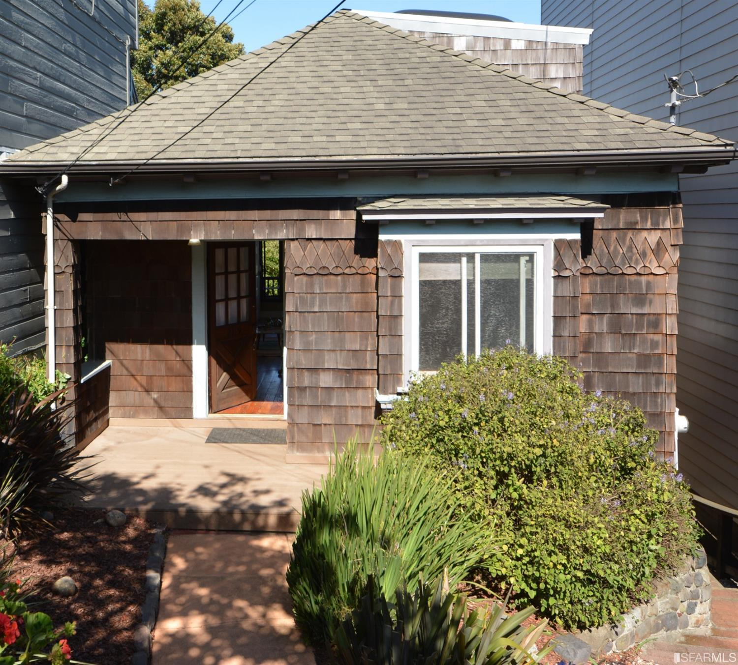 The Doozy Report  | 1058 Square Foot Castro Home Gets $1,480,000 And Top Spot