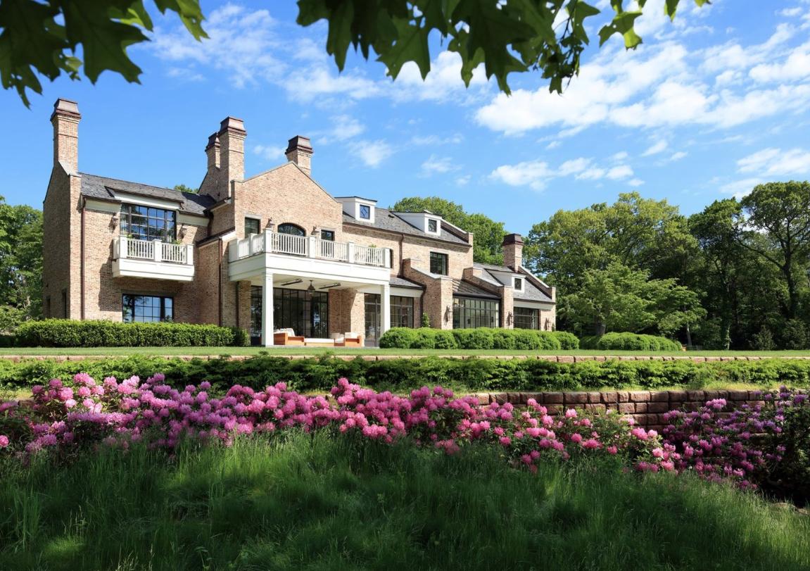 Patriots' Tom Brady Lists  $34,000,000 Home For Sale