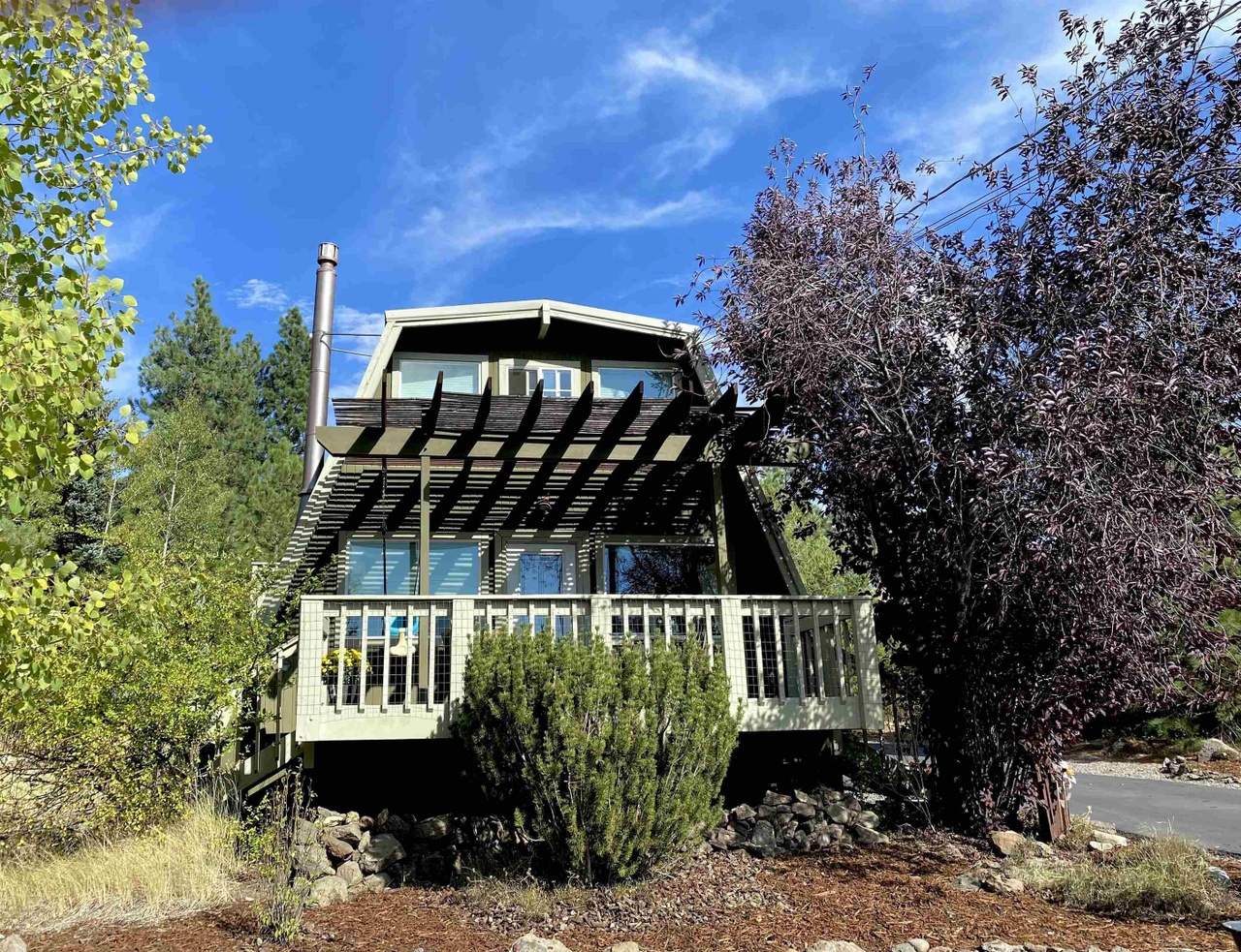 """""""Modified A-Frame"""" North of Lake Tahoe Asks $675K"""